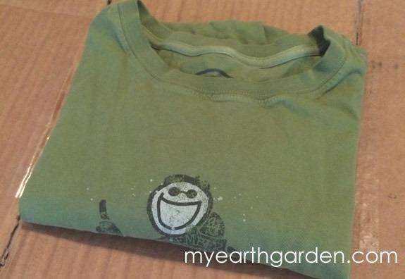 folded tshirt