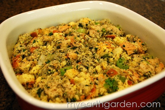 My Earth Garden Homemade Holiday Cornbread Dressing
